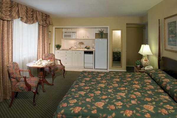 Avenue Plaza Resort *** - New Orleans